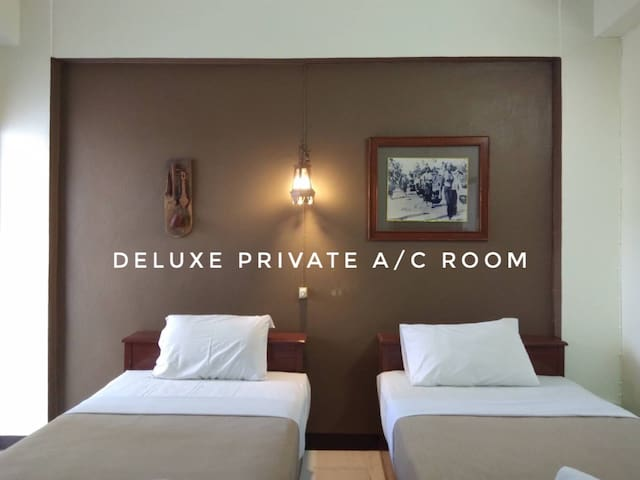 Guethouse Oldtown Twin AC Room in Chiangmai