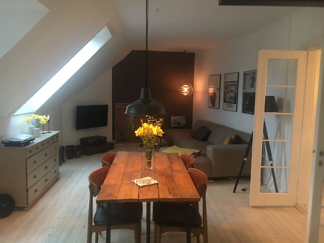 Newly renovated paradise just by Frederiksberg.