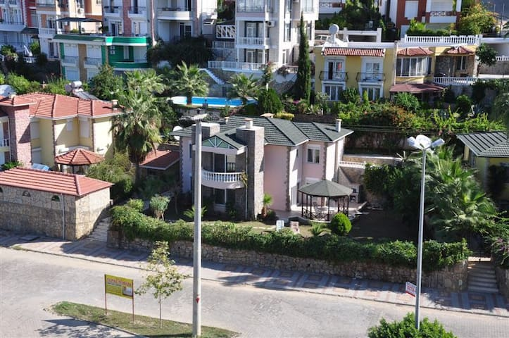 Villa Mediterranean - Konaklı Belediyesi - Huvila