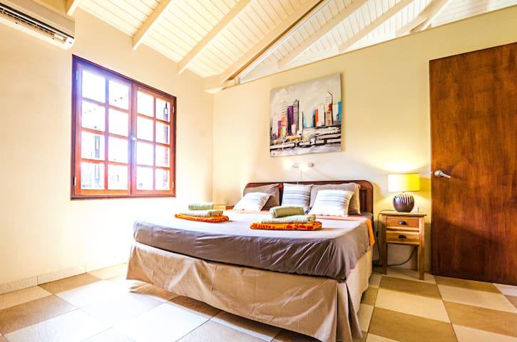 Master king size bed bedroom