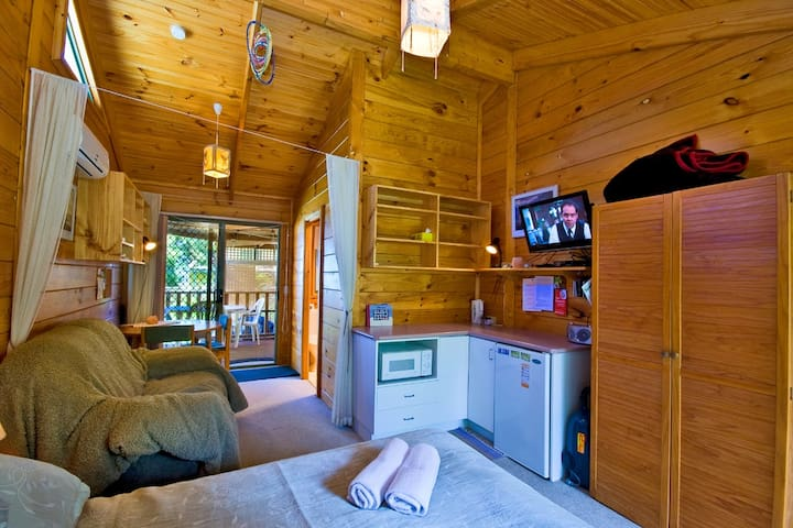 Cosy Unit-for-Two at Keren's Place - Separation Creek - Cabin