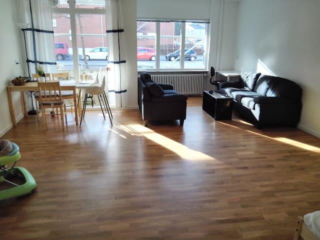 Convenient and large room in Copenhagen - København - Apartment