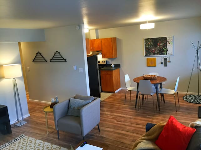 Modern Downtown Edmonds rental - Edmonds - Apartment