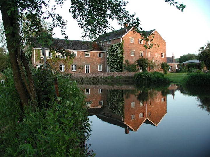 Riverside, Durweston Mill, Blandford, Dorset