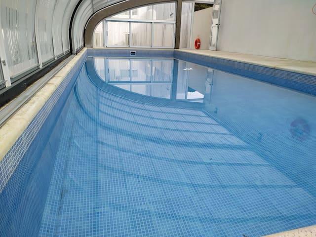 Departamento Parque Pileta cubierta climatizada