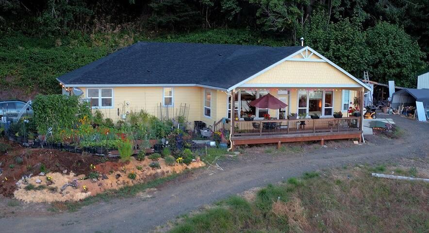 The Vista House at Pillar Rock Retreat