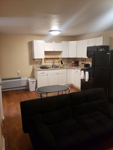 Studio apartment between Louisville and Fort Knox