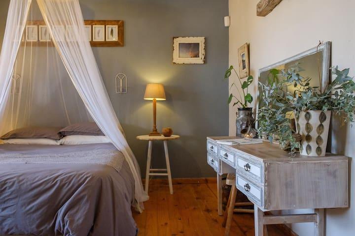 Zen Room in Rustic Garden Cottage