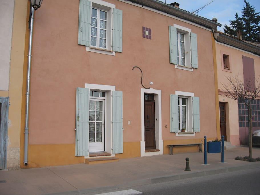 Studio 1 2 personnes dans maison de village - Location meuble greoux les bains ...