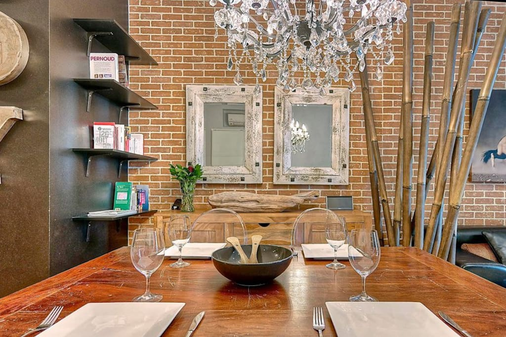 Dining table from india for 4 people.