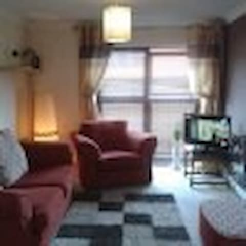 Weekend apartment 7 mins from CMK - Westcroft - Appartement