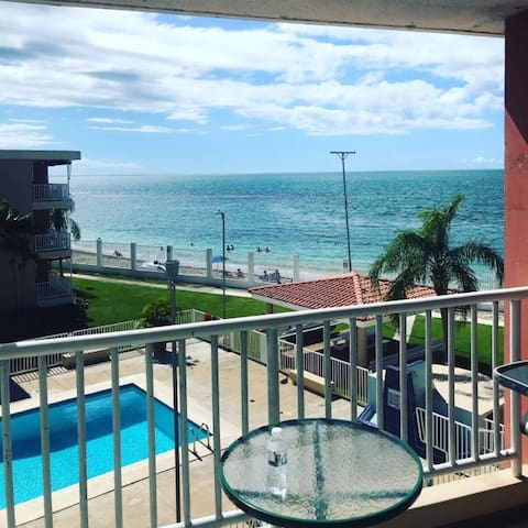 Beachfront Paradise with Breathtaking views.
