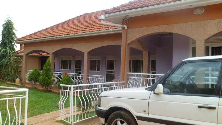 SPACIOUS HOME NEAR MACHISSION FALLS MASINDI