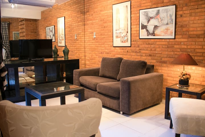 Duplex 6 con cochera en la mejor zona de Asuncion