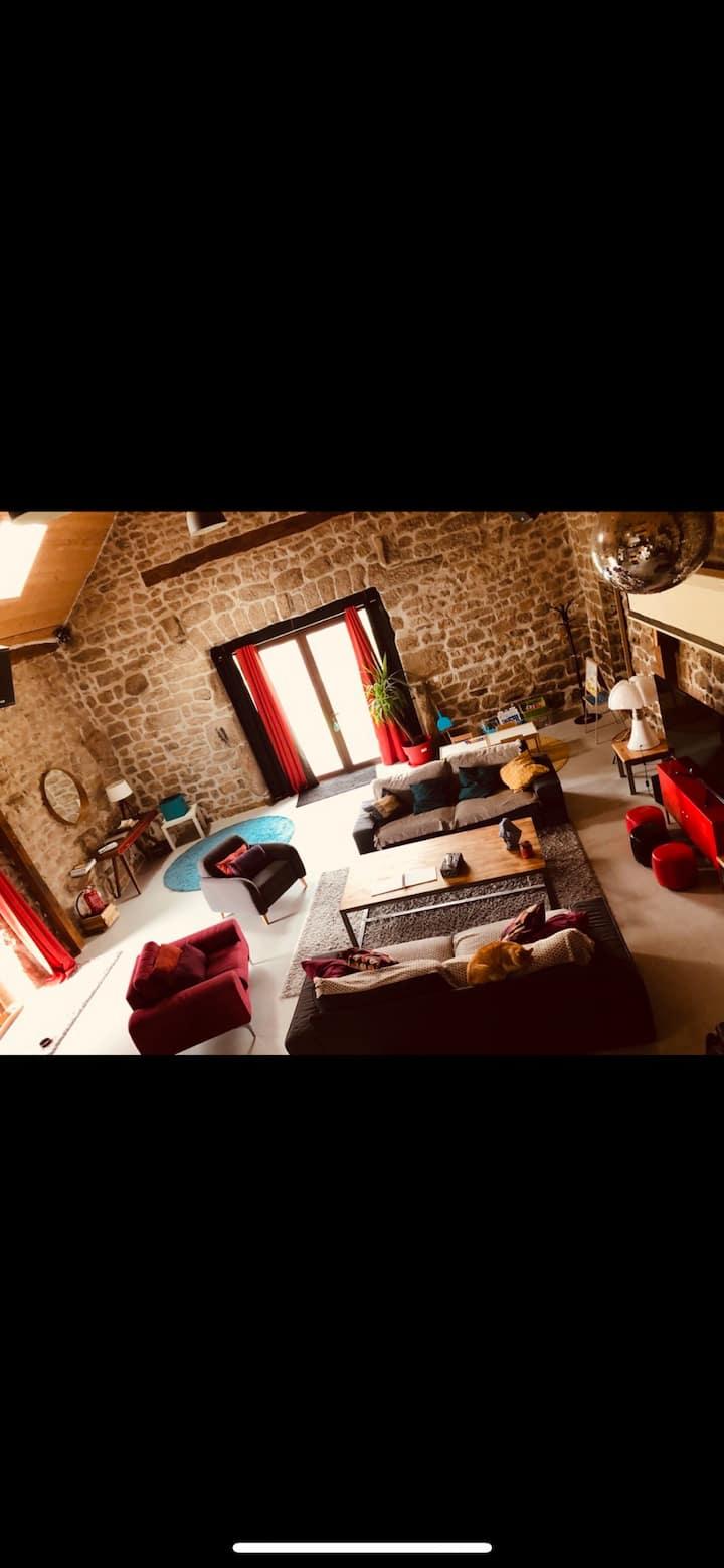 Chambre d'hôte Peyre En Aubrac hameau Grandviala