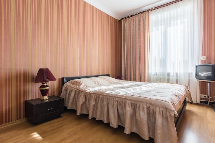 2-я квартира около ДК МАЗ - Минск - Appartement