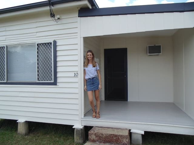 Cute little Cessnock house - Cessnock - Hus
