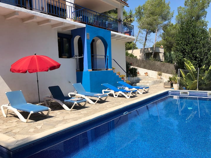 Beautiful Villa Luna with Large Private Pool
