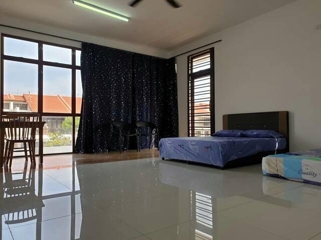 super family room Tesco Mydin Skudai Johor Bahru