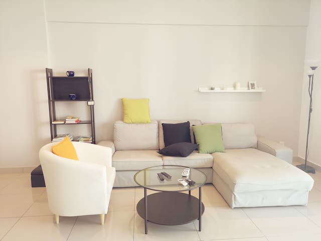 M11.1 Warmly Welcome Home By Penangbnb
