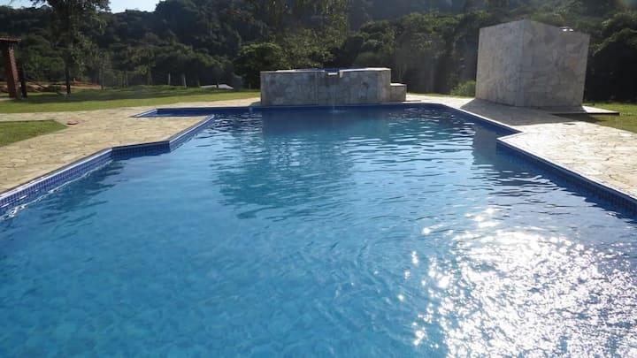 Sítio em Juquitiba-SP com piscina e spa