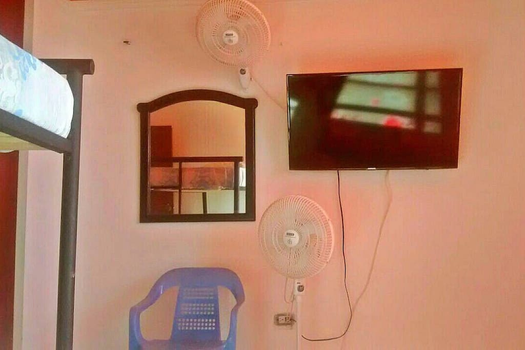 Amplias y comodas habitaciones / Spacious and comfortable rooms.