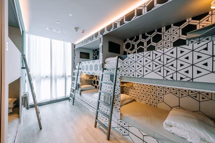 New Stylish Shared Room in Sheung Wan-Near Soho
