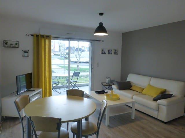 Appartement T2, terrasse ensoleillée, proche mer