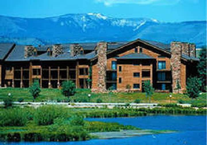 One Bedroom Suite SilverCreek, Granby CO At Resort