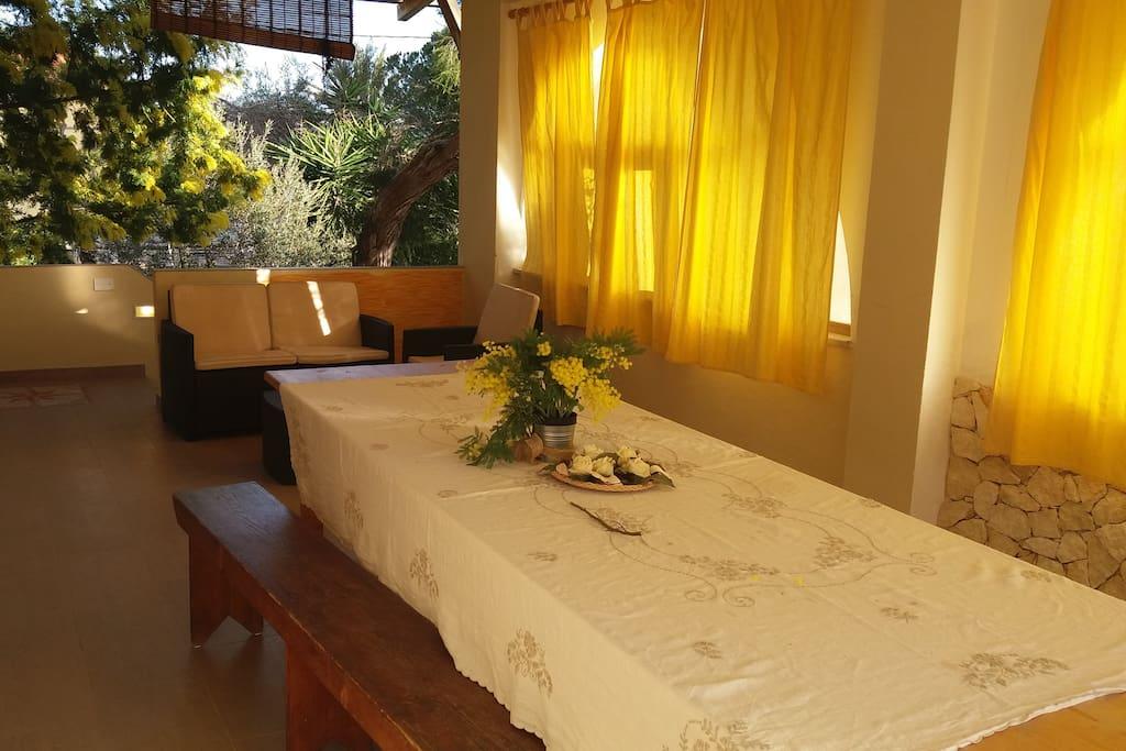 la spiaggetta maladroxia gialla top springsummer wohnungen zur miete in maladroscia. Black Bedroom Furniture Sets. Home Design Ideas