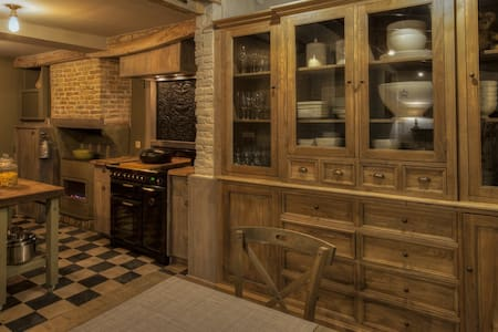 De Reiskoffer gezellige woning , cottage stijl - Vleteren