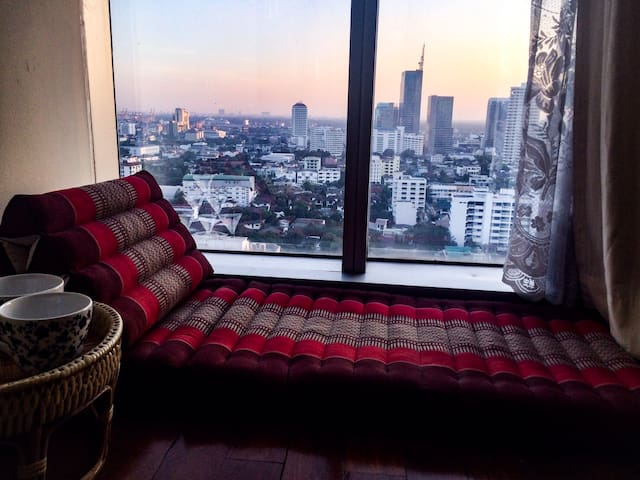 2 BDR@ BTS Phrom Phong/Emporium 650m great view - Bangkok - Kondominium