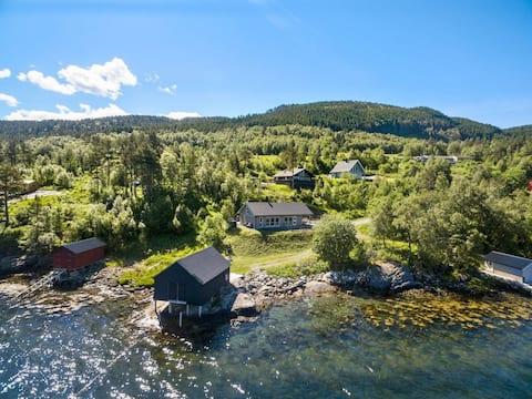 Innsikt og Utsikt Holiday Cabin