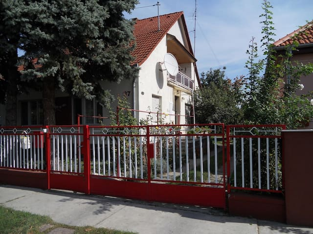House for 5 pers with WLAN in Balatonlelle R27604