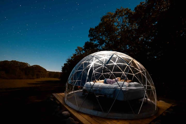 ComfyDome Glamping Hill-Side