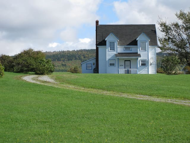 Cape Breton Farmhouse with Spectacular Sunsets