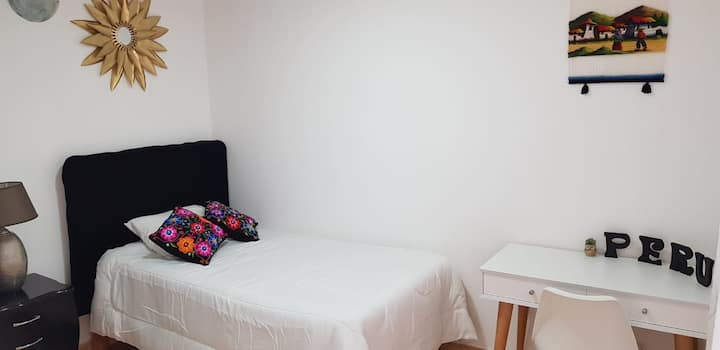 ❤HOME SWEET HOME 1❤:  Dormitorio con baño privado