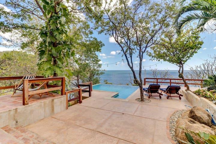 Casa de Amigos Redonda Beach Oceanview, pool-beach