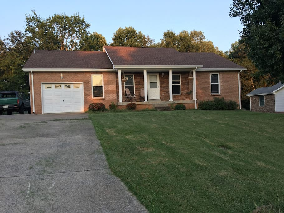 The Suburban Farm Houses For Rent In Clarksville Tennessee United States