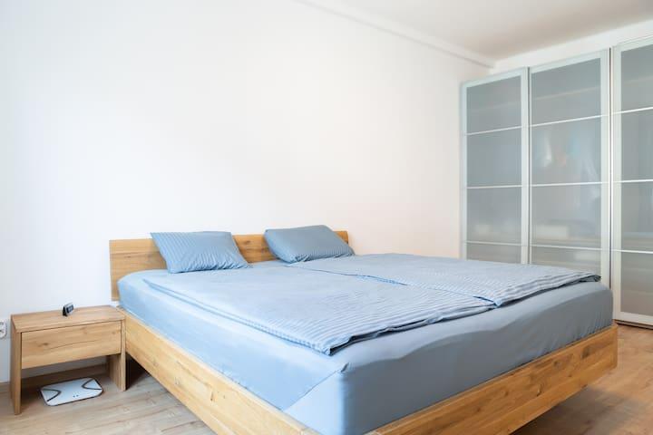 Daniel's 2-rooms apartment