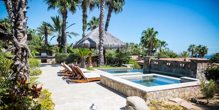 Esperanza 4 Bedroom Deluxe Garden View Villas with Jacuzzi and Pool