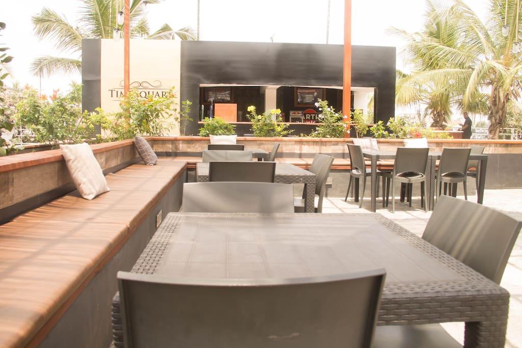 Poolside restaurants