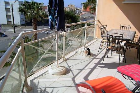 """Appartement """"La Plage"""" 68m² avec vue mer - Narbonne - Apartamento"""