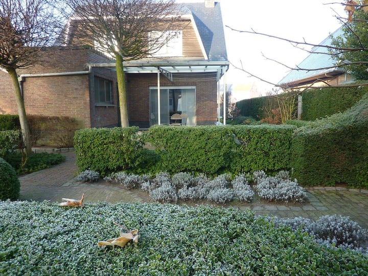 "Holiday home ""den Opstal"""