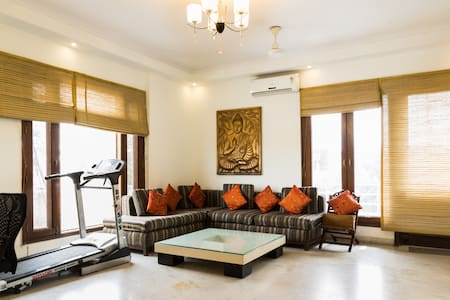 Affordable & large, fully equipped paradise - New Delhi - Appartement