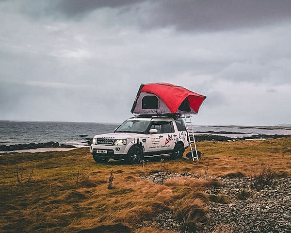 Landrover Discovery Hire with Roof Tent - WildTrax