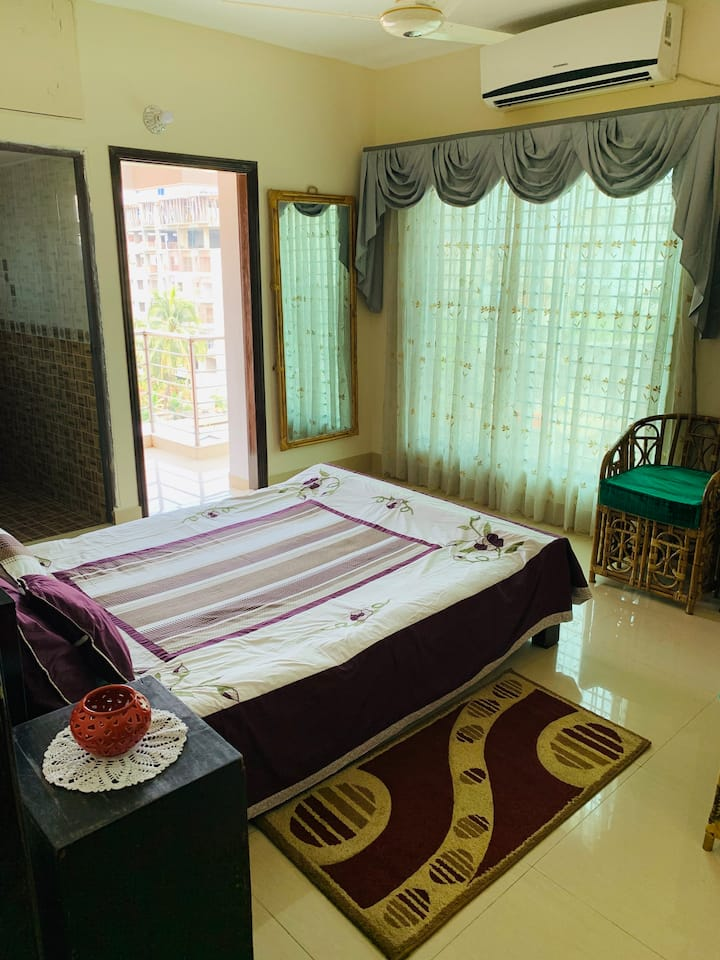 Luxurious Apartment In The Heart Of Chittagong