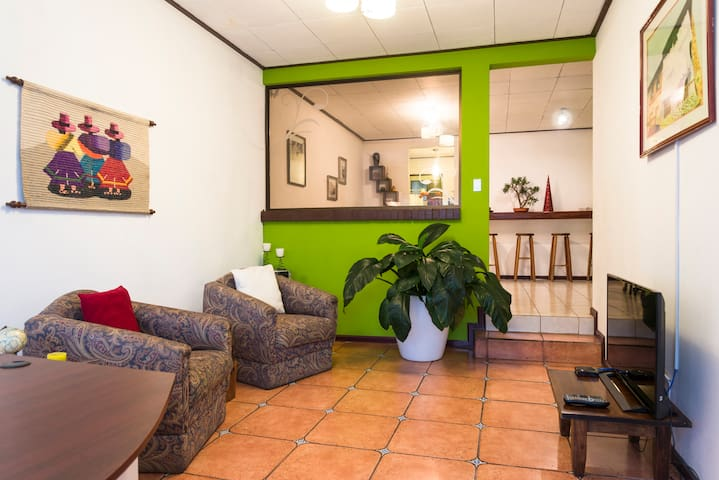 Cozy private apartment - San José - Apartemen