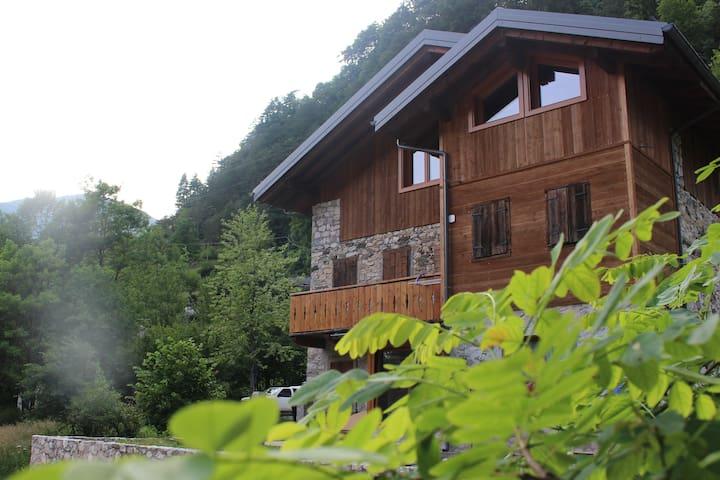 Dolomiti River Side. 2 camere, 4 letti al Piave