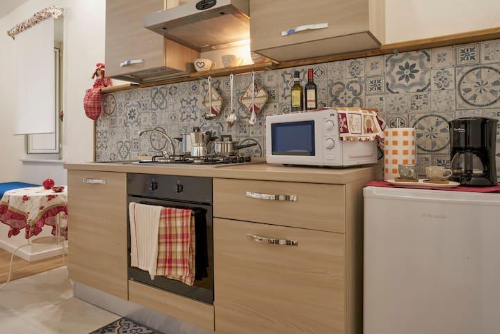 cucina attrezzata equipped kitchen cocina equipada cuisine équipée ausgestattete Küche оборудованная кухня